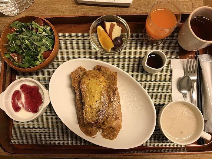 Тосты на завтрак  блюдо, еда, пища, родильный дом, роженица, фото, япония