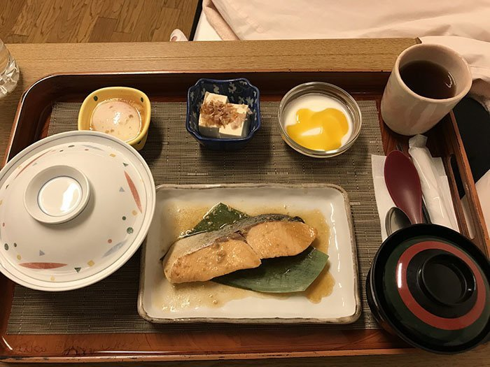 Полдник после кесарева сечения  блюдо, еда, пища, родильный дом, роженица, фото, япония