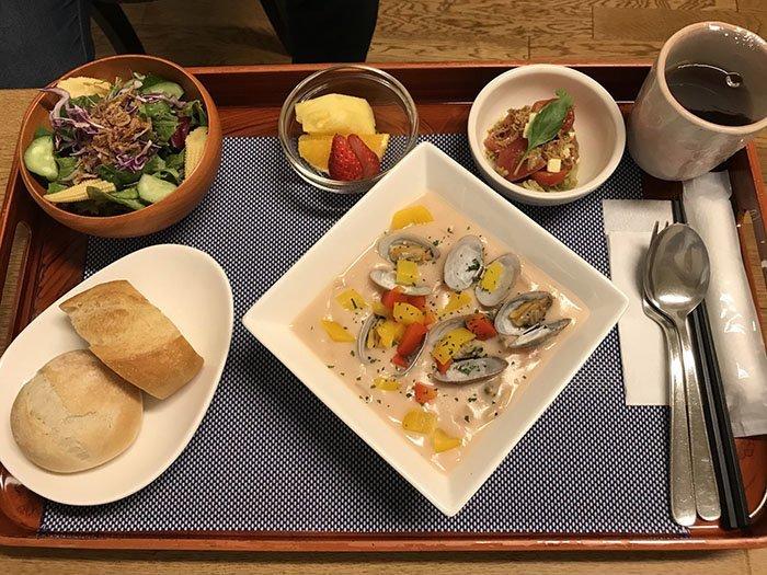 Обед (во время схваток) блюдо, еда, пища, родильный дом, роженица, фото, япония