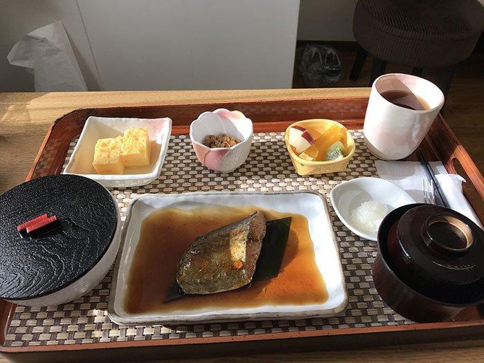 Финальный завтрак  блюдо, еда, пища, родильный дом, роженица, фото, япония