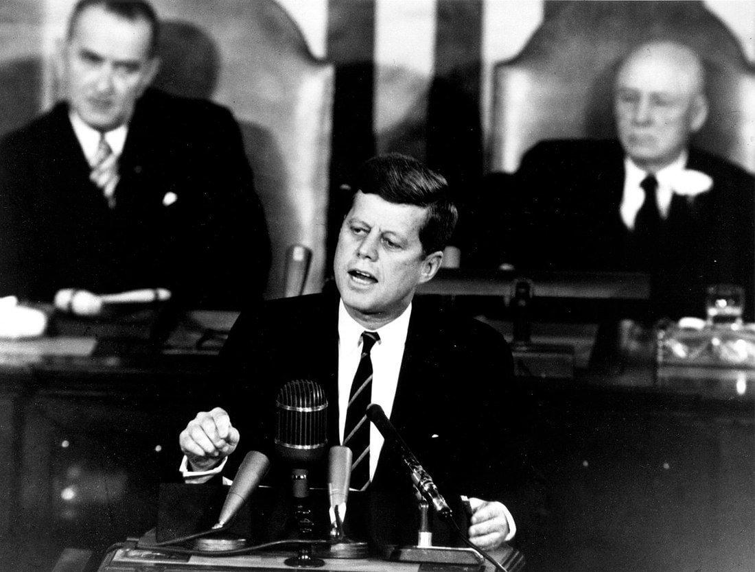 «Луну американцам не отдавать!»: почему Советский Союз вопреки Хрущеву все же проиграл лунную гонку