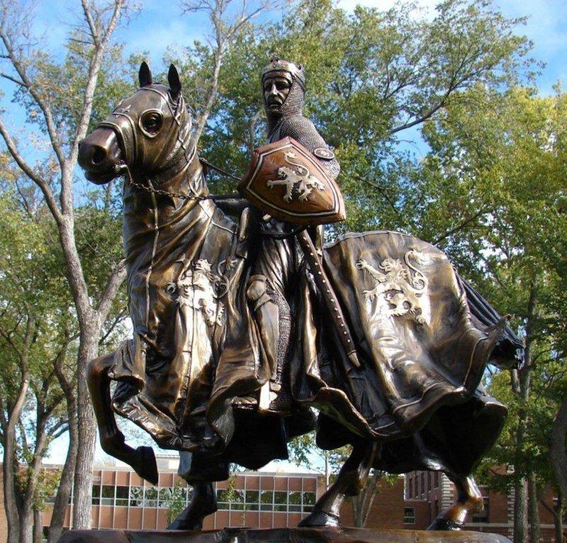 Виктор создал многочисленные скульптуры для городов, учреждений и некоммерческих организаций на Западе и Среднем Западе, в честь отдельных лиц или групп. интересное, искусство, красота, лица, скульптура, талант