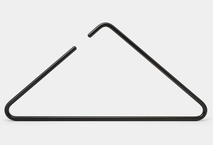 29. Вешалка, напоминающая музыкальный треугольник  Стиль, вещь, дизайн, минимализм, подборка, простота, фото