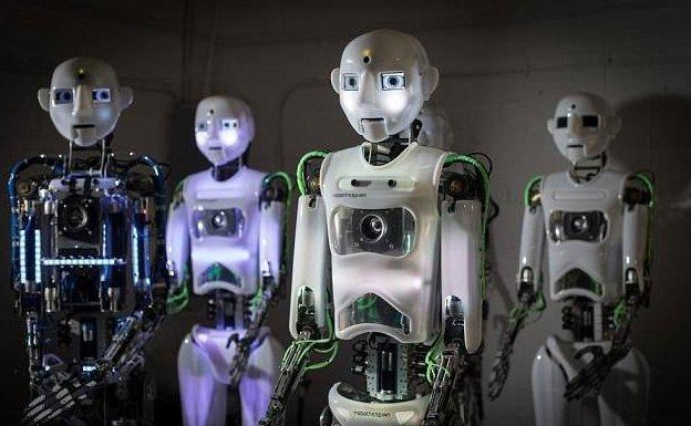 Робот Теспиан искусно читает монологи, воспроизводит сцены из фильмов и даже исполняет песни Селин Дион  великобритания, лаборатория, мир, наука, робот, технологии, фото
