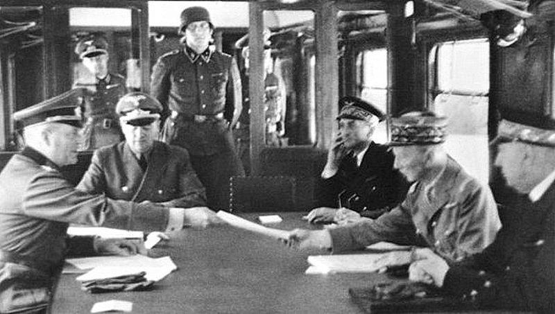 22 июня 1940 года, было подписано Второе Компьенское перемирие – капитуляция Франции перед фашистской Германией в ходе Второй Мировой войны. Великая Отечественная Война, СССР, история, монголия