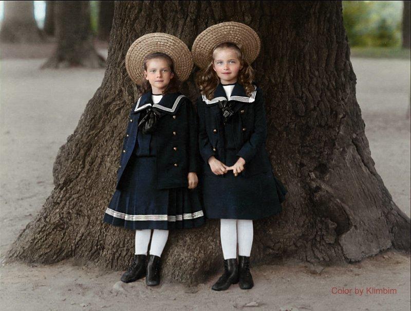 Татьяна и Ольга Романовы, примерно 1901 год. история, люди, события 20 века