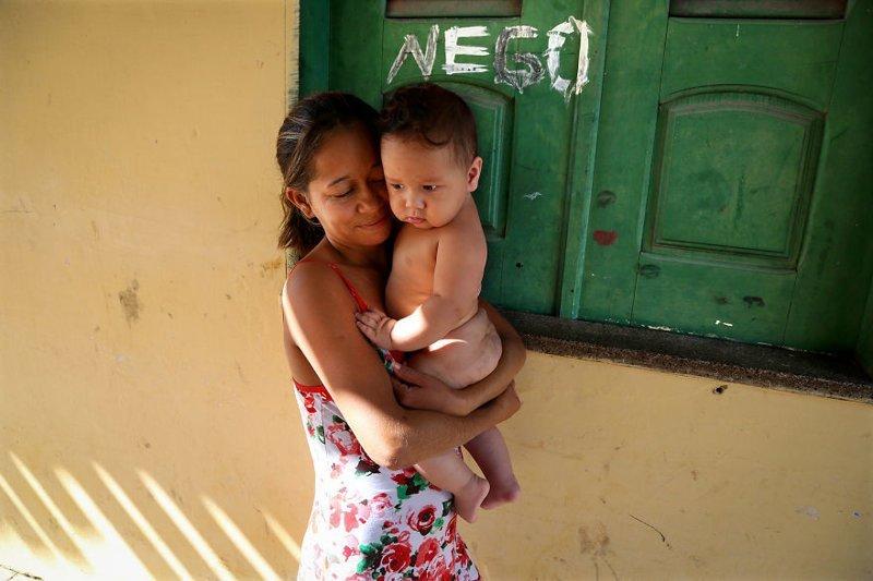 Барреринас, Бразилия, 2013 мамы, материнская любовь, мать и дитя, путешествия, трогательно, фото, фотомир, фотоочерки