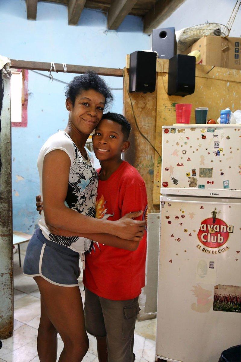 Гавана, Куба, 2016 мамы, материнская любовь, мать и дитя, путешествия, трогательно, фото, фотомир, фотоочерки