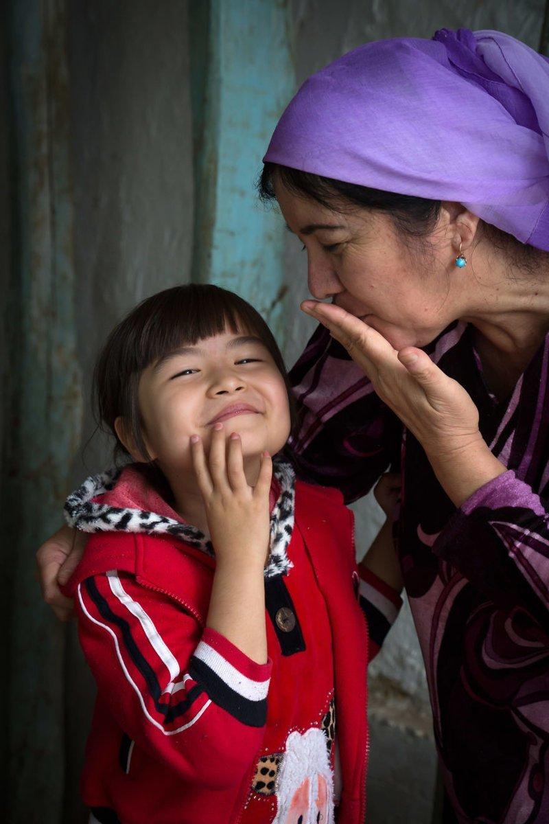 Ташкент, Узбекистан, 2016 мамы, материнская любовь, мать и дитя, путешествия, трогательно, фото, фотомир, фотоочерки