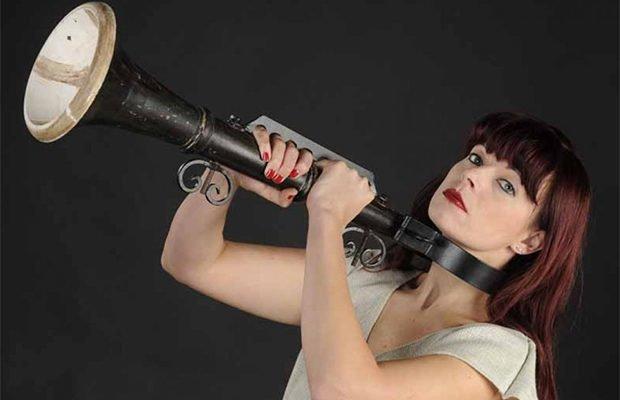 Позорная флейта изобретение, история, предметы
