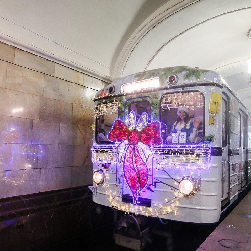 """""""Новогодний поезд"""" ynews, Парад поездов, именные поезда, метро, подземка"""