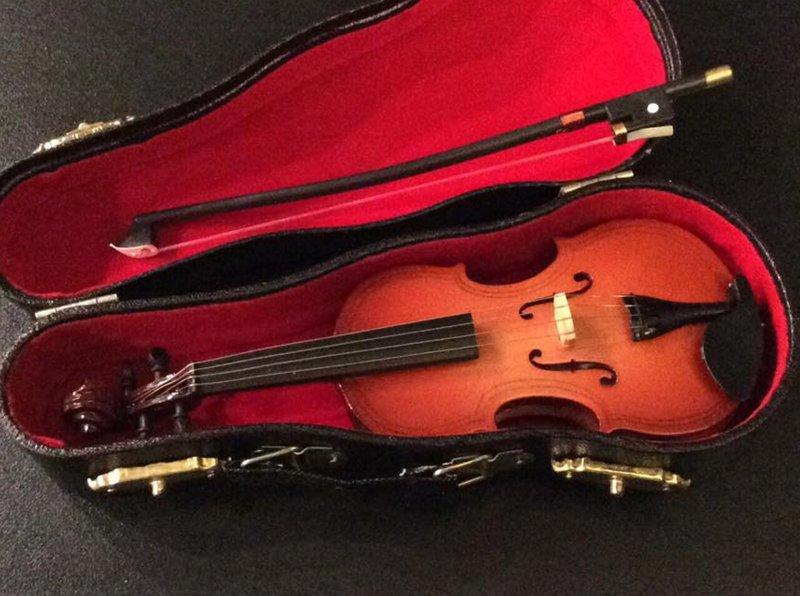 Дом, где рождаются скрипки истории, мастерская, скрипки