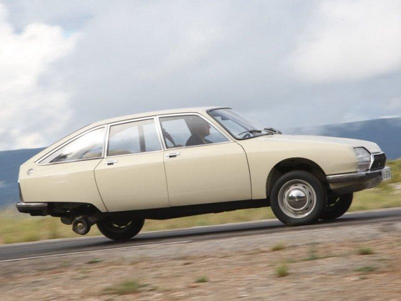 Проект получился настоящим долгостроем. Лишь спустя 15 лет, в 1970 году, на конвейер встал новый автомобиль — Citroen GS. citroen, citroen gs, авто, автоистория, автомобили, олдтаймер, ретро авто, технологии