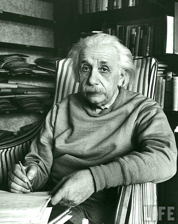 Альфред Эйзенштадт - Альберт Эйнштейн, Принстон, Нью - Джерси в 1948 Весь Мир в объективе, история, фотография