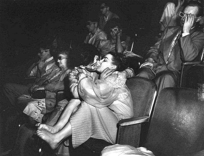 Weegee - 3D-проекция в Дворцовом театре, Нью-Йорк 1945 Весь Мир в объективе, история, фотография