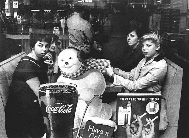 Уильям Клейн - Офисные девушки, Нью-Йорк 1955 Весь Мир в объективе, история, фотография