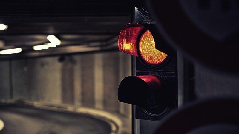 Красный сигнал светофора теперь будет светить по нормативу ynews, аварии, авто, дороги, интересное, правило, светофор