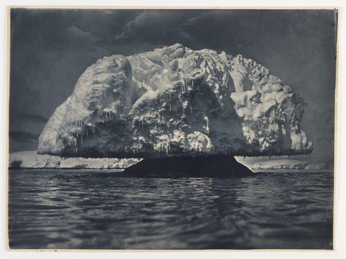 Гигантский ледяной гриб Дуглас Моусон, австралия, антарктида, изучение Антарктики, научная экспедиция, полярные исследователи, поход во льдах, фотосвидетельства