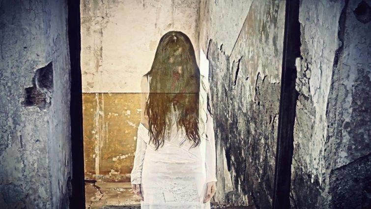 Они живут в домах с привидениями кино, люди, убийство, ужасы, факты, фильм