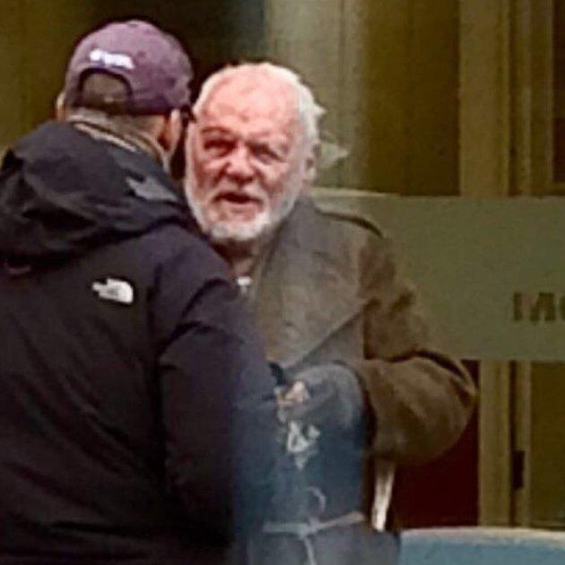 Энтони Хопкинса, который катил тележку из супермаркета, приняли за бездомного Энтони Хопкинс, актер, бездомный, бомж, внешность, знаменитости, облтк, ролы