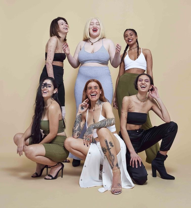 Все девушки получили большое удовольствие от участия в фотосессии в мире, внешность, история, красота, люди, модель