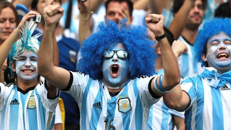 Для аргентинцев выпустили целое пособие по соблазнению россиянок ynews, аргентина, интересное, красавицы, пикап, русские девушки, фото