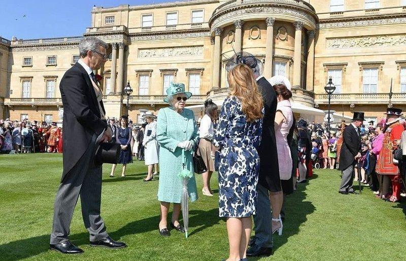 Елизавета II пригласила всех в сад ynews, Букингемский дворец, Елизавета II, великобритания, королевская семья, королевский прием, новости, светская жизнь