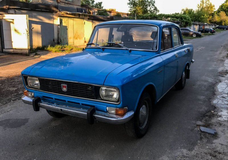 Пицунда — это не только название краски для 2140, но и курортный город в Абхазии авто, автомобили, азлк, капсула времени, москвич, москвич-2140, олдтаймер, ретро авто