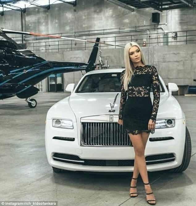 """Девушка позирует на фоне """"Роллс-Ройса"""", а неподалеку виднеется частный вертолет rich kids, Анкара, богатые дети, богатые детишки, инстаграмм, мажоры, образ_жизни, турция"""