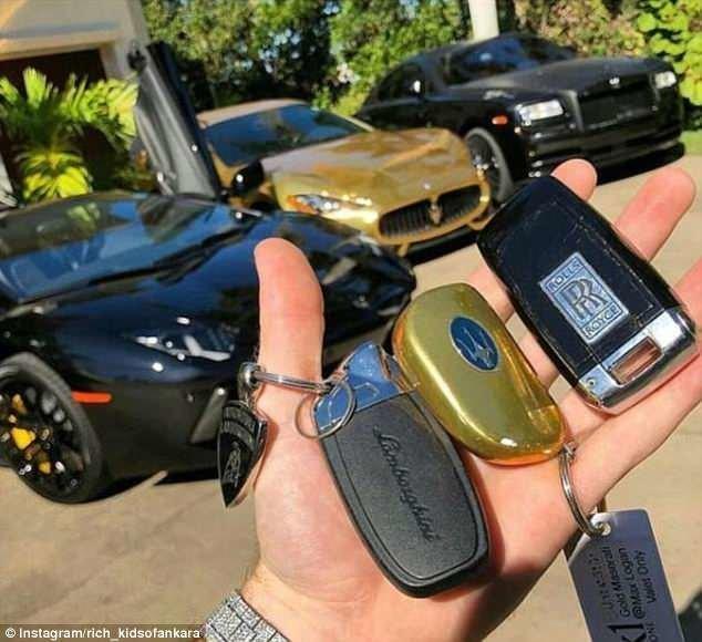 У этого тинейджера трудный выбор: Lamborghini, Rolls Royce или золотой Maserati? rich kids, Анкара, богатые дети, богатые детишки, инстаграмм, мажоры, образ_жизни, турция