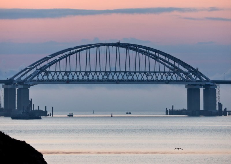 Всеобщая истерия достигла пика  ynews, Крымский мост, интересное, канада, крым, мост, фото