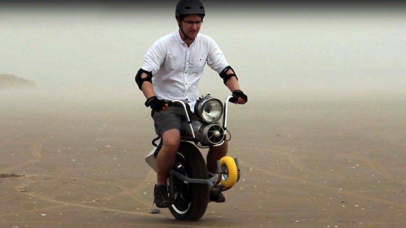 Британский изобретатель создал самобалансирующийся одноколесный электроцикл авто, видео, моноколесо, моноцикл, мотоцикл, своими руками, электрический моноцикл, электроцикл