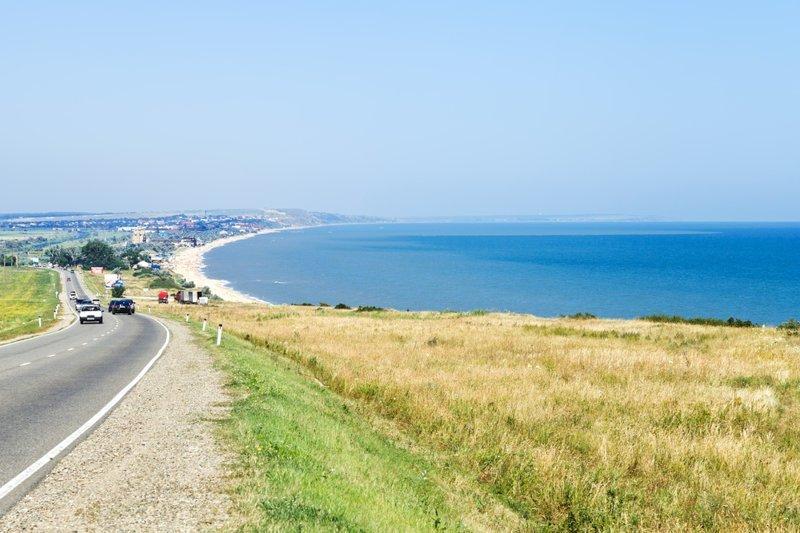На первом месте списка оказалось Азовское море (средний бюджет поездки 1230 долларов на двоих). доступный отдых, лето, отдых, отпуск, рейтинг, туризм