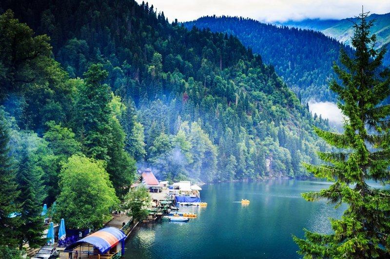 На второе место эксперты поместили Абхазию (бюджет 1396 долларов). доступный отдых, лето, отдых, отпуск, рейтинг, туризм