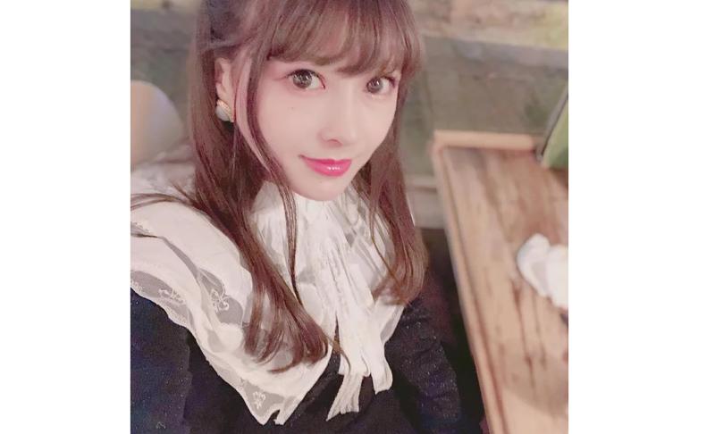 Японка под ником Meiji кардинально поменяла свою внешность ради сходства с героинями аниме девушка, до и после, косплей, красота, операция, пластика, пластическая хирургия, фото