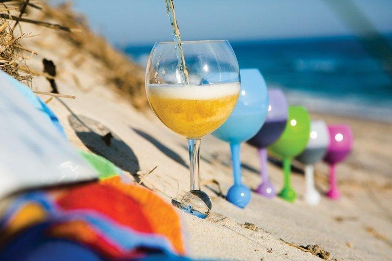 С такими бокалами-непроливайками пляжный отдых станет еще приятнее бокал, напиток, непроливайка, новинка, покупка, товар, фото