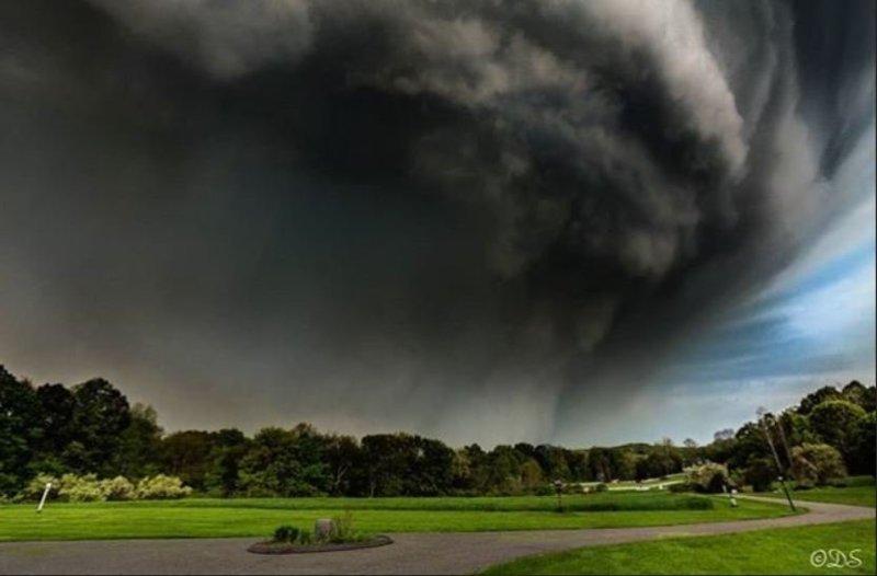 Последствия торнадо в США: по северо-восточным штатам ударила непогода новости, погода, происшествия, стихия, сша, торнадо, фото, фоторепортаж