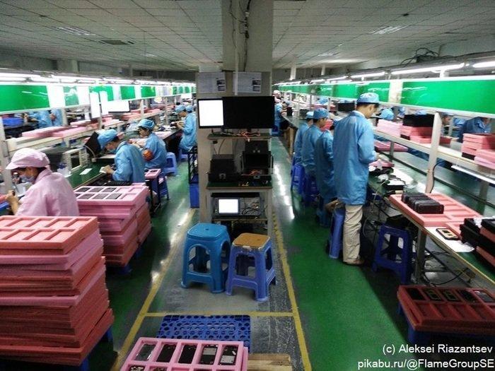 Визит на китайскую фабрику, которая делает далеко не самые обычные смартфоны китай, производство, смартфон, фабрика