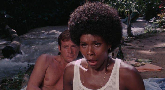 13. «Живи и дай умереть» (1973) идеальная, кино на выходные, кофе, кофеманы, подборка, фильмы