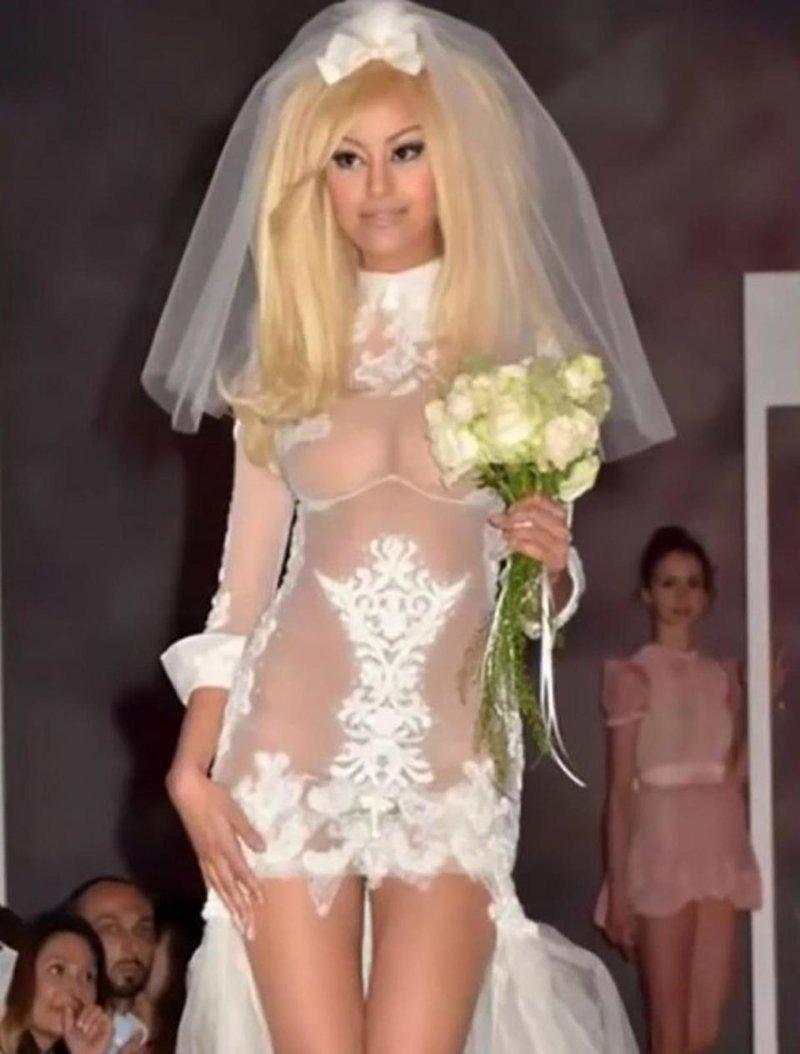 17. И снова какое-то нижнее белье Невеста креатив, наряд, невеста, нелепые, платье, свадебное платье, свадьба, странная одежда