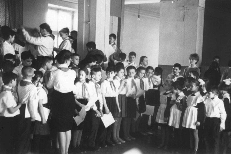 «Всегда вперед, ни шагу назад»: сегодня 96 лет пионерской организации СССР, пионеры, школа