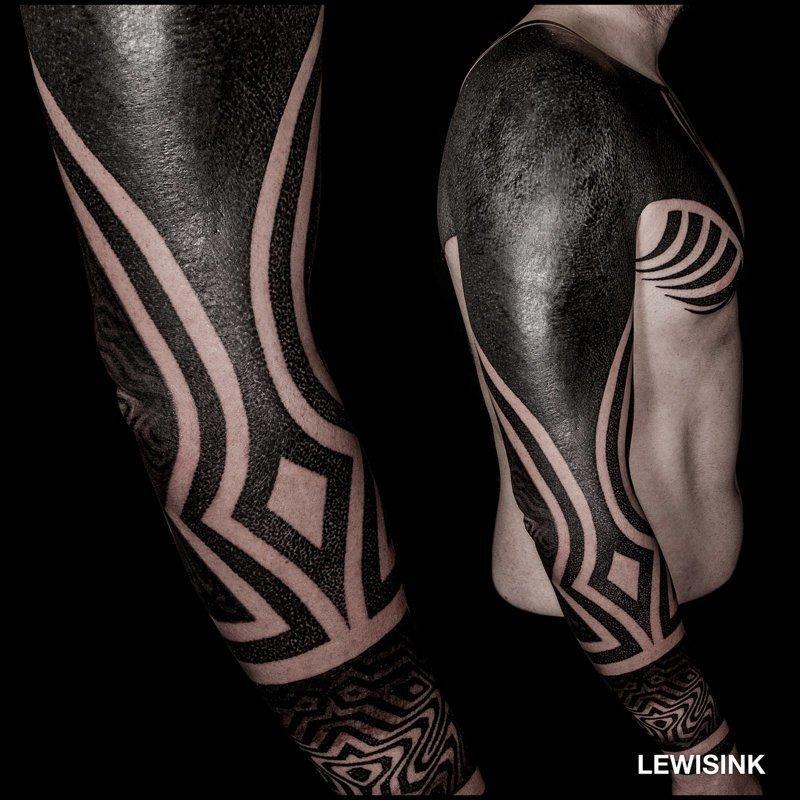 Завораживающий таймлапс сложного геометрического тату геометрия, рисунок, тату, татуировка, тело