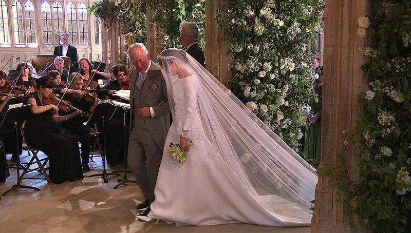 Вместо отца актрису повел к алтарю отец принца Гарри, принц Уэльский Чарльз Megan, великобритания, гарри, знаменитости, принцесса, свадьба, фотография