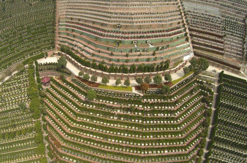23. Общественное кладбище в Ханчжоу. китай, личное пространство, перенаселенность, повседневность, толпа, фото