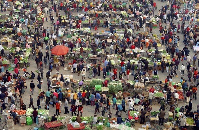 12. Утренняя ярмарка в Пекине. китай, личное пространство, перенаселенность, повседневность, толпа, фото