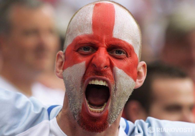 """Британские фанаты пообещали устроить """"третью мировую"""" на ЧМ-2018 ЧМ 2018 Россия, саксы, фанаты"""