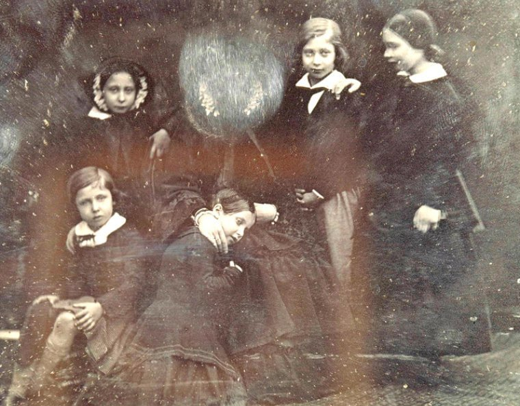 Фото королевы Виктории, уничтоженное ей самой, 1852 год истории, любопытно, люди и мир, новый взгляд, познавательно, репортажные снимки, фото, фотографии