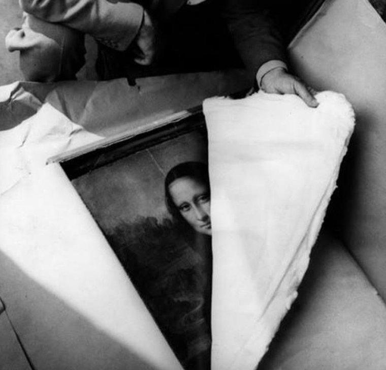 Мону Лизу открывают после окончания II Мировой войны истории, любопытно, люди и мир, новый взгляд, познавательно, репортажные снимки, фото, фотографии