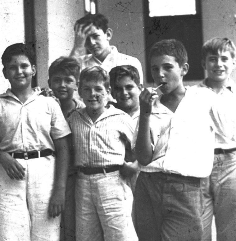 Фидель Кастро с друзьями. Куба, 1940-е годы истории, любопытно, люди и мир, новый взгляд, познавательно, репортажные снимки, фото, фотографии