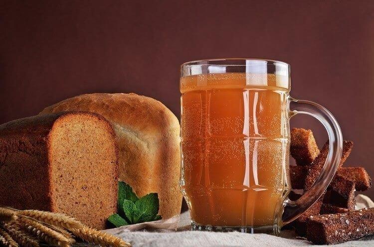 Квас хлебный с медом и изюмом квас, напитки, напиток, полезное, продукты брожения, своими руками